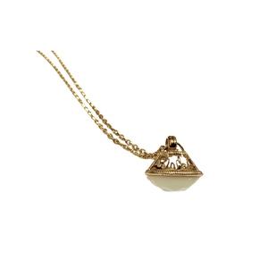 Collana lanterna dorata pietra bianca Liu-Jo