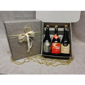 Bottiglie con calici regalo