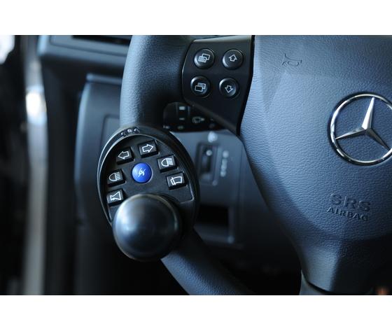 Centralina integrata al volante