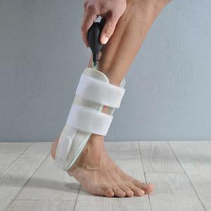 Tutore Bivalve per Caviglia tipo Aircast