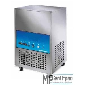 Refrigeratore d'acqua 80 l. per ora cap. vasca 100 l.