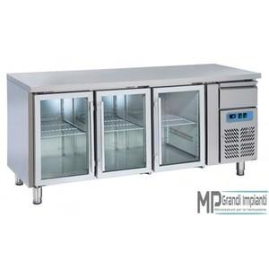 Tavolo refrigerato 3 porte in vetro+cassetto neutro +2°+8°C