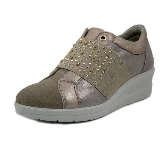 IMAC, Sneaker Donna Comfort in Pelle Beige con Elastico e Strass, Zeppa Bassa 4 cm, Sottopiede Estraibile, 506030