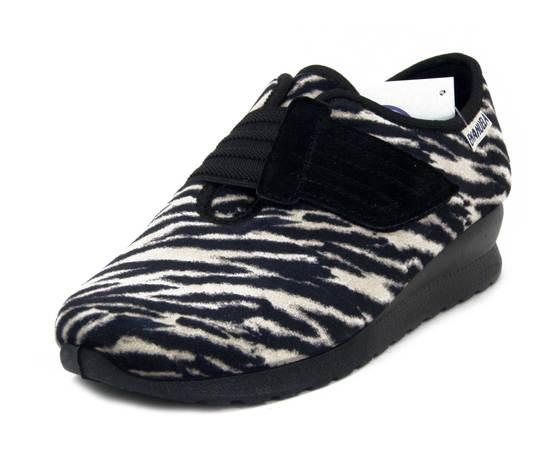 Emanuela, Scarpa sportiva Donna Invernale Linea Comfort in Velluto Animalier, Chiusura a Strap, Pianta Larga, 2806