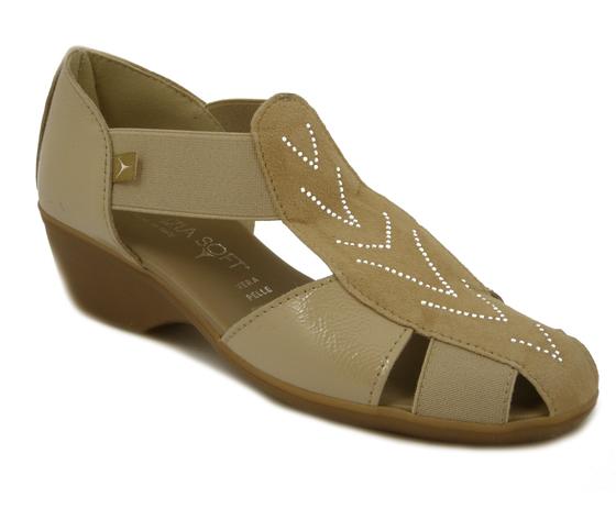 CINZIA SOFT Scarpa/Sandalo in pelle lucida e camoscio Sabbia, zeppa 4cm., 8050X E17