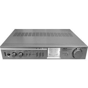 AKAI Stereo Integrated  AM U 11 Amplificatore