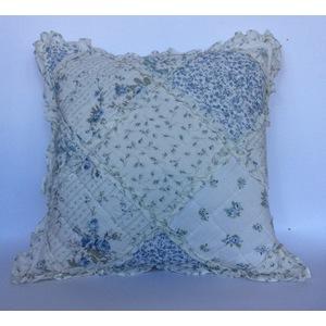 Cuscino patchwork azzurro piccolo C/INTERNO