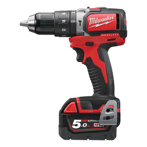 TRAPANO A PERCUSSIONE BRUSHLESS18V5AH MILWAUKEE
