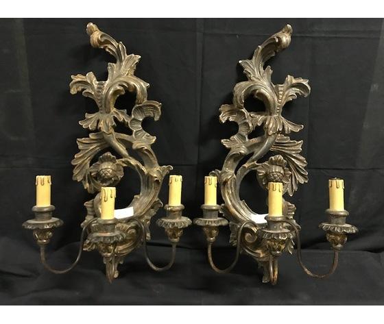 Coppia di Eleganti Applique in Legno e Pastiglia - Restaurata (in corso d'opera)