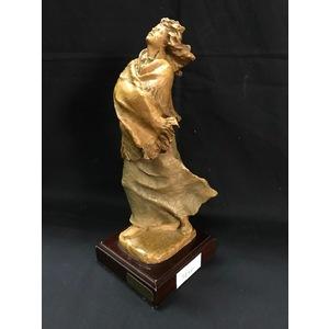Prestigiosa Statuina Firmata Josep Bofill in Resina e Legno