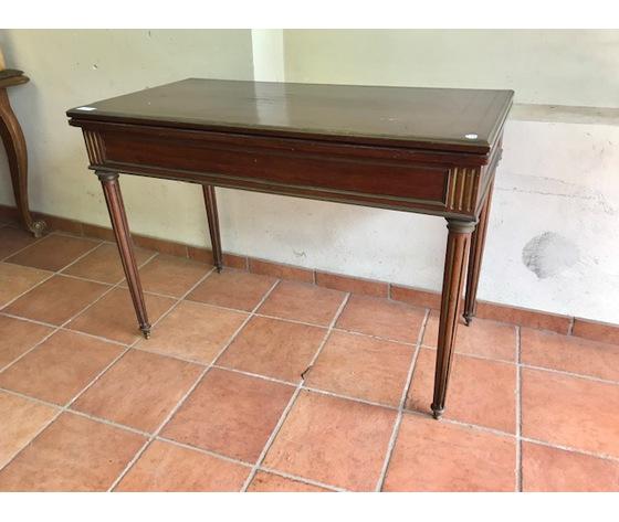 Elegante Tavolino da Gioco Luigi XVI in Mogano - Restaurato (in corso d'opera)