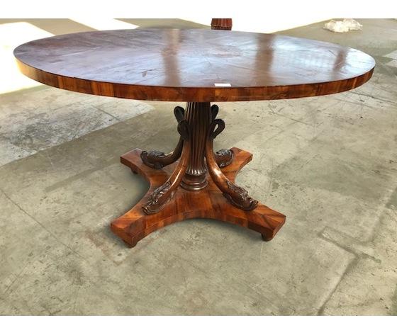 Elegante tavolo ovale Carlo X - Epoca: II metà '800 - Restaurato (in corso d'opera)
