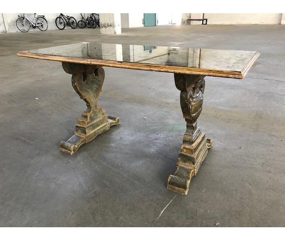 Tavolino da salotto laccato e dipinto - Conservato