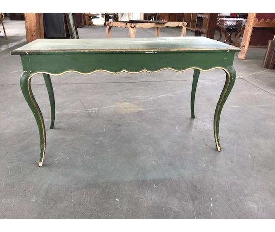 Tavolino Luigi XV laccato verde con filetti dorati a foglia - Restaurato (in corso d'opera)
