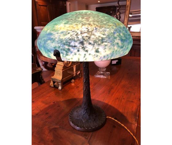 Elegante Lampada Liberty a Radice con Vetro Azzurro - Ricondizionata