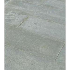 Pavimento Piano Fiammato in Pietra di Luserna