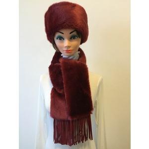 Parure berretto eco pelo rosso+ calotta in pelle vera rossa + sciarpa eco pelo rosso con frange nappa vera