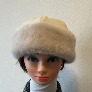 Berretto eco pelo bianco + lana bianca
