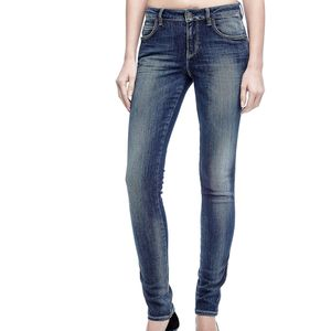 GUESS JEANS CURVE X A/I 16