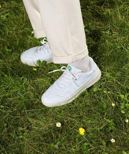 Adidasoriginals cleanclassics 02 scaled