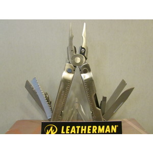 PINZA LEATHERMAN SUPERTOOL 300