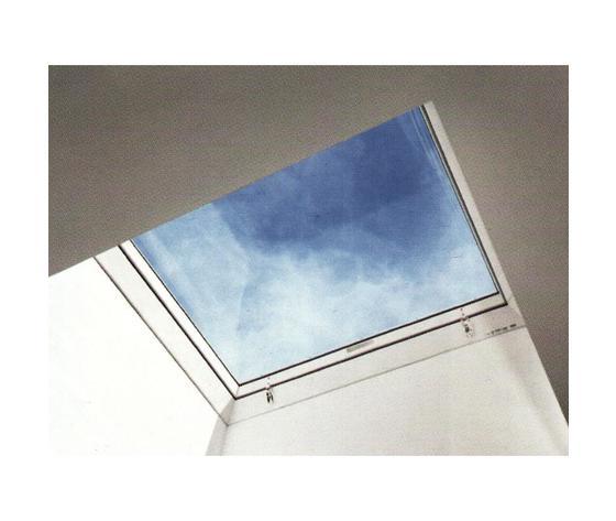 Velux cxp finestra cupolino con apertura manuale per l for Cupolino velux costo