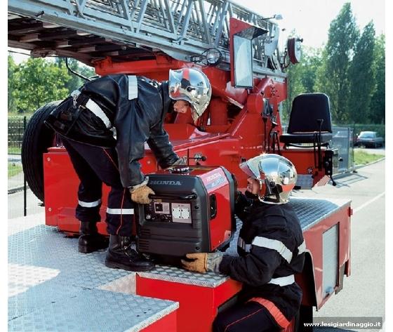1 eu30is pompier 01