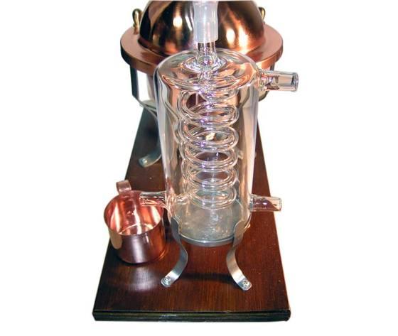 95654 10141f51028e37066100d17ba1e13032 alambicco distillatore in r