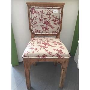 Sedia rossa lavorata a mano