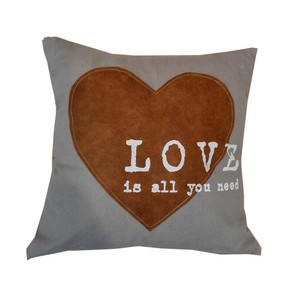cuscino quadrato all you need is love