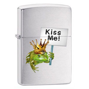 Accendino ZIPPO KISS ME FROG