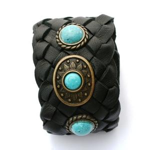 bracciale pelle nera intrecciata pietre turchese
