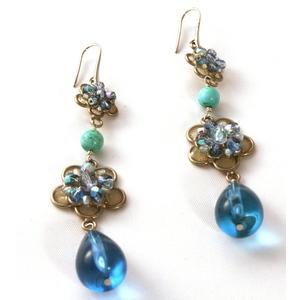 orecchino pendente cristallo azzurro