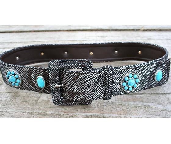 Cintura donna vera pelle stampa pitone con rivetti turchese